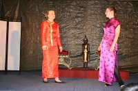 Turandot, Prinzessin von China: Premiere, Junges Theater Beber 2008