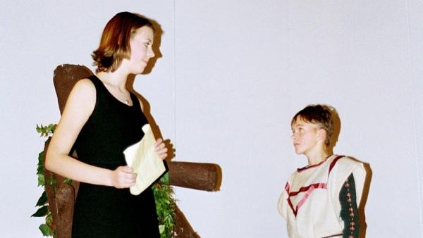 Viel Lärm um nichts 2001: Leonata und ein Bote