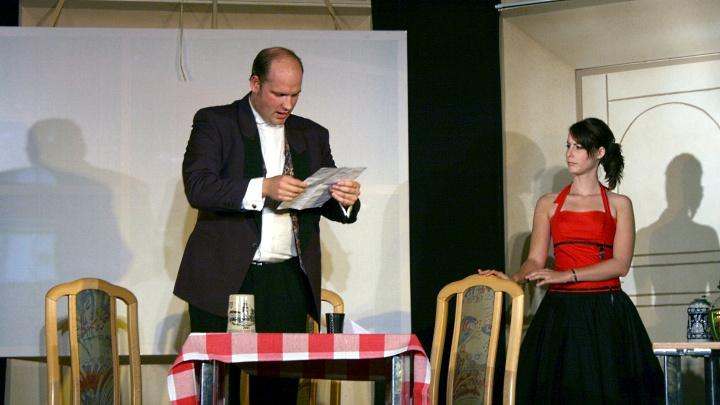 Junges Theater Beber, Die lustigen Weiber von Windsor 2007: Falstaff liest