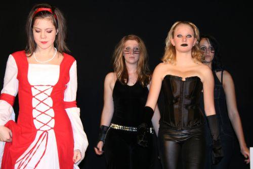 Isobel und die Diebinnen