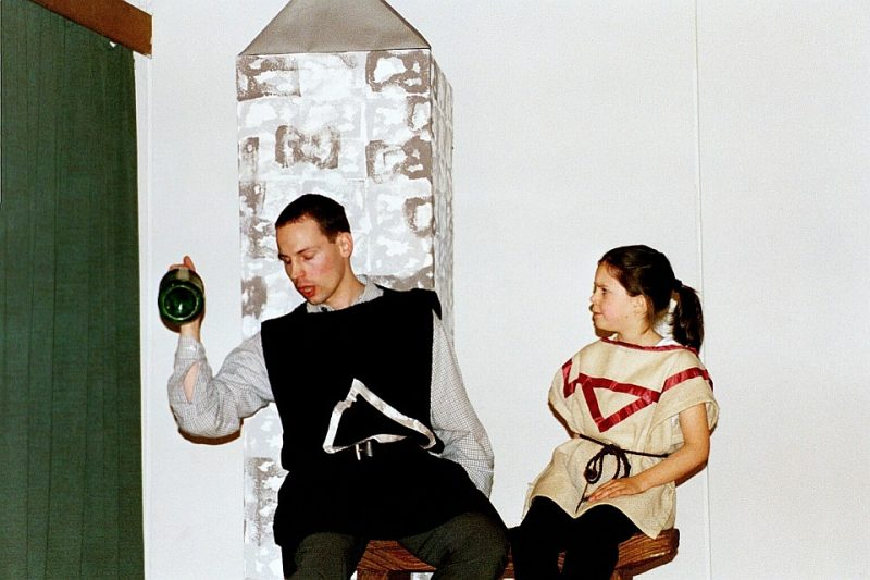 Borachio und Wache, Junges Theater Beber (Viel Lärm um nichts, 2001)