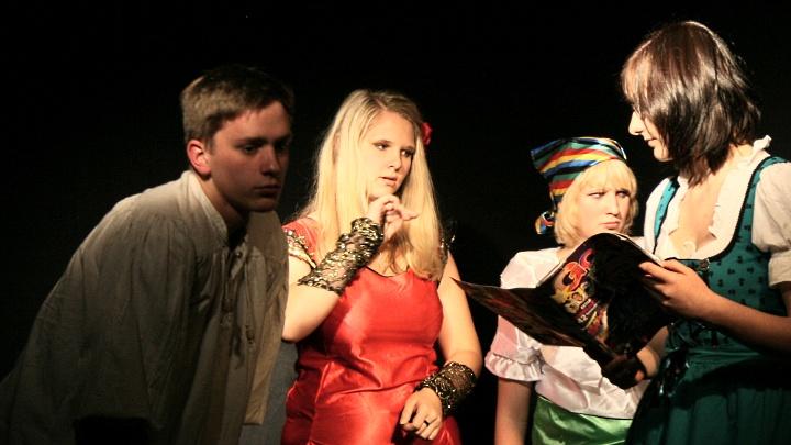 Don Quijote, Freudenmädchen, Wirtin: Bilanz einer tollen Saison 2011