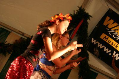 Junges Theater Beber 2005: Oberons Helfer Puck in Aktion