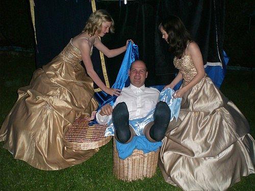 Junges Theater Beber 2007, Die lustigen Weiber von Windsor: Ritter Falstaff im Wäschekorb