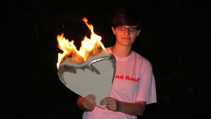 Wir sind Rosa: brennendes Herz (Junges Theater Beber)